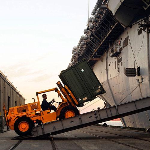 ship loading image
